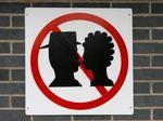 Qui-trop-embrasse-manque-le-train