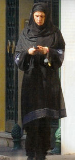 Diam's-musulmane_voilée-2009
