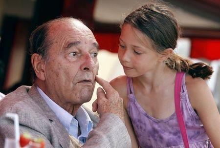 Jacques-chirac-a-la-terrasse-du-cafe-senequier-a-saint-tropez-le-14-aout-2011