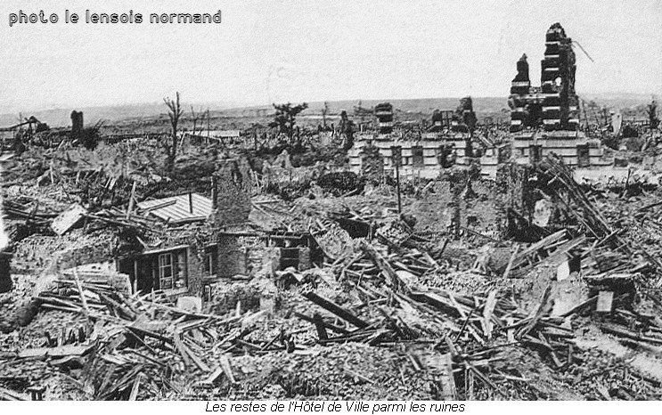 Le Lensois normand-Lens Hôtel de Ville en 1918