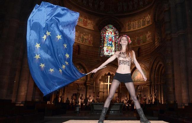 FEMEN-cathédrale-strasbourg-contre-venue-pape-mardi-25-novembre-2014-1