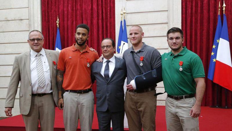 Légion d'honneur aux héros du Thalys-24 août 2015