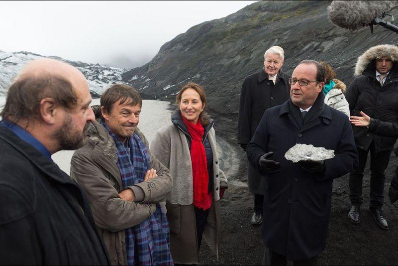Hollande-et-Royal-un-glacier-pour-l-exemple
