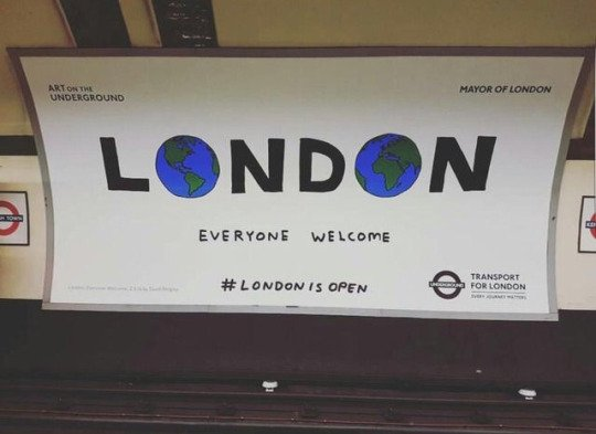 London-Everyone welcome-métro
