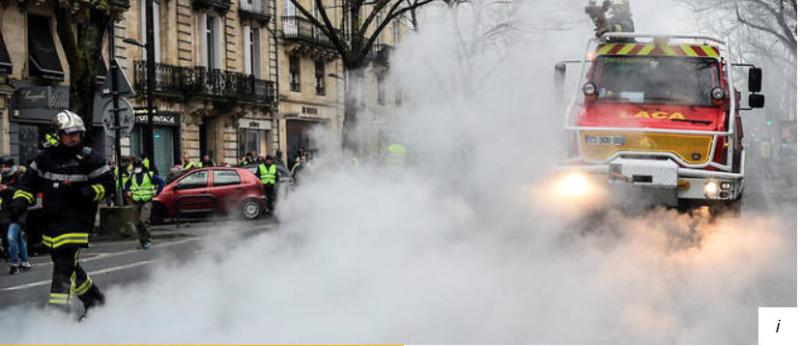Incendie devant Le Parisien